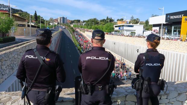Imagen de archivo de unos agentes de la Policía Nacional
