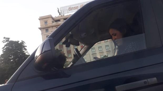 Begoña Villacís, el pasado sábado por la tarde, a la salida del parking de Serrano