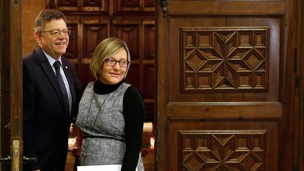 Imagen de archivo de María José Salvador y Ximo Puig