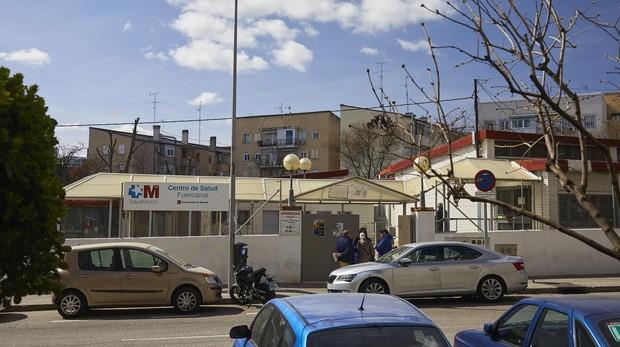 Entrada a un centro de salud en Madrid