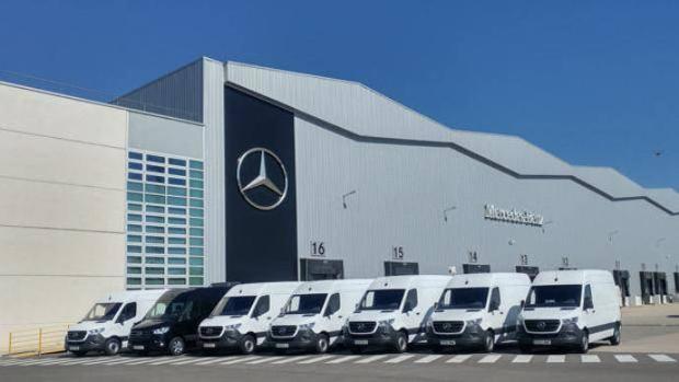 En 2017, la multinacional alemana reorganizó la empresa en cuatro unidades de negocio: turismos, furgonetas, camiones y recambios