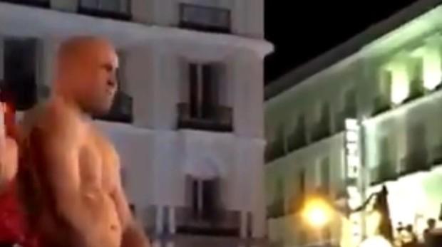 El detenido, el pasado viernes en la Puerta del Sol