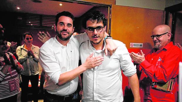 Fagúndez se abraza a Del Bien tras ganar las primarias por solo 21 votos