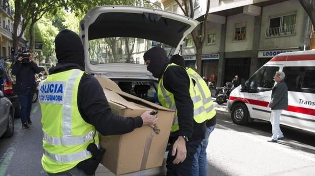 Registro y detenciones por vinculación con el yihadismo en Barcelona