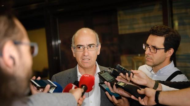 El presidente del PP de Salamanca comparece tras conocerse el archivo de la causa