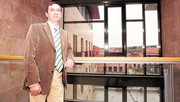 Juan Ramón Brigidano lleva 16 años como juez decano de Toledo