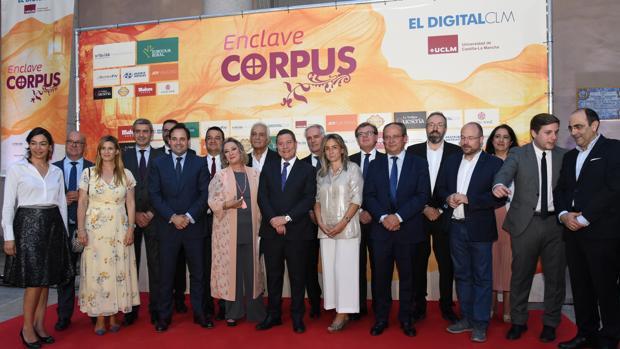 El acto, al que asistió el presidente de Castilla-La Mancha, Emiliano García-Page, se celebró en el Palacio de Lorenzana, sede de la UCLM