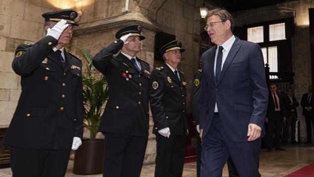 Imagen de Ximo Puig tomada el pasado domingo en el Palau de la Generalitat