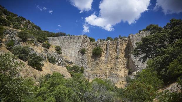 Presa de El Gasco, entre los municipios de Torrelodones, Galapagar y Las Rozas