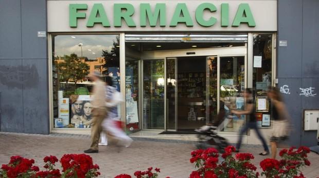 Exterior de una farmacia en Madrid