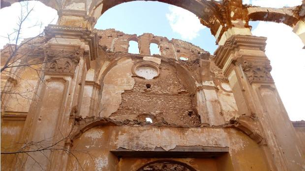 Estado que presenta lo que queda de la iglesia del convento de San Rafael, en el Belchite Viejo