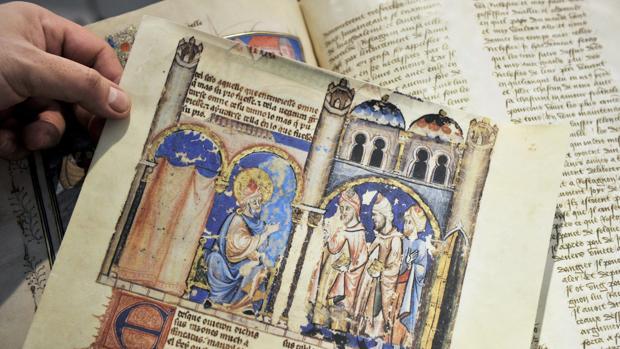 Edición facsímil de «El librode los juegos», del rey Alfonso X, el Sabio
