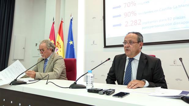 Ruiz Molina, durante la rueda de prensa para ofrecer detalles de la OEP de la Junta