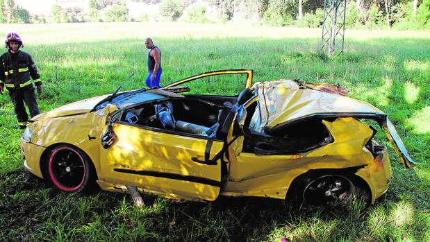 Imagen del vehículo siniestrado ayer en carreteras salamantinas