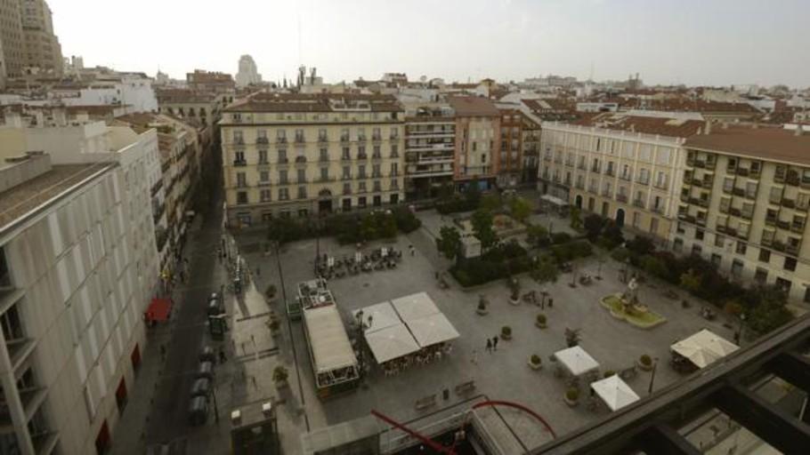 Almeida anulará el proyecto de Ahora Madrid para la plaza de Pedro Zerolo