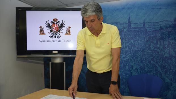 José Pablo Sabrido durante la rueda de prensa de presentación del suelo urbanizable en el polígono industrial