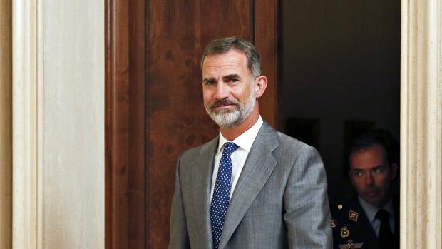 Don Felipe ha decidido retrasar unos días su traslado a Mallorca para atender asuntos oficiales