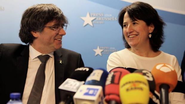 Carles Puigdemont y Eliseda Paluzie, en Bélgica