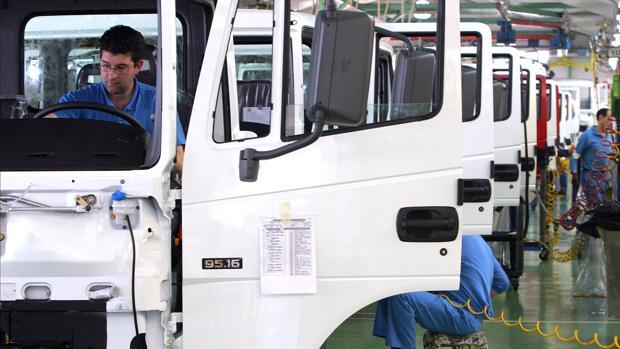La factoría de Nissan en Ávila, que fabricará el último camión el 9 de agosto