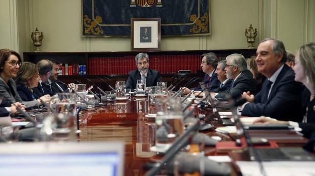 Imagen de archivo de una reunión en 2016 del pleno del CGPJ, encargado de los nombramientos en puestos claves del sistema judicial