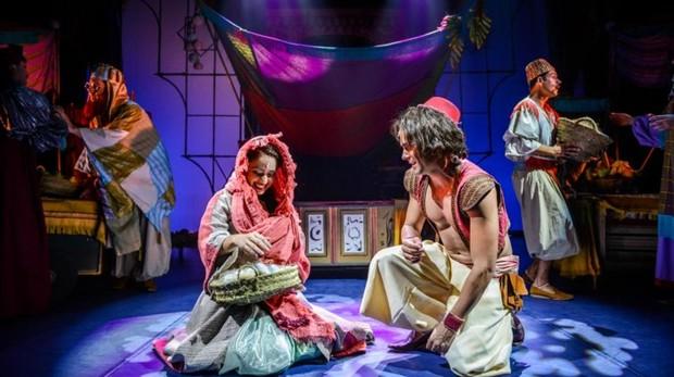Escena del musical de «Aladín»