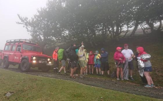 Este domingo los bomberos rescataron a 20 peregrinos irlandeses