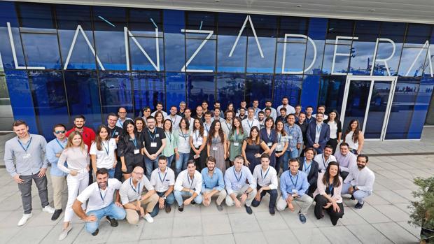 Imagen de los nuevos emprendedores de la Lanzadera de Juan Roig
