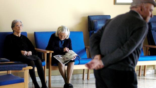 Las cifras de mayores que viven solos se disparan en la Comunidad