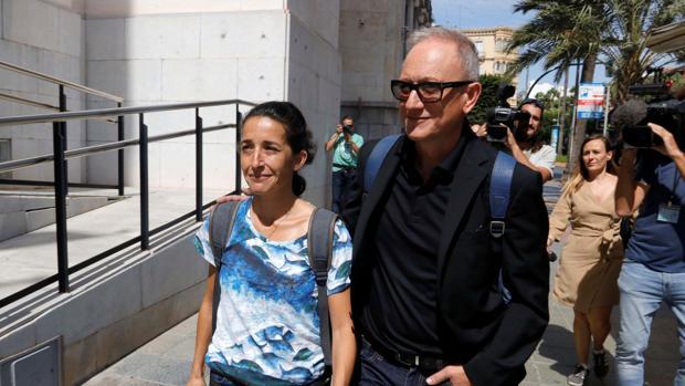 La madre de Gabriel Cruz, Patricia Ramírez, este martes, a su llegada a la Audiencia de Almería