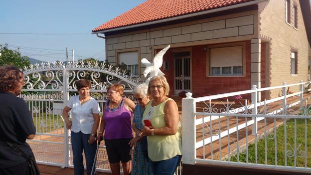 Un grupo de vecinos en el municipio pontevedrés de Valga