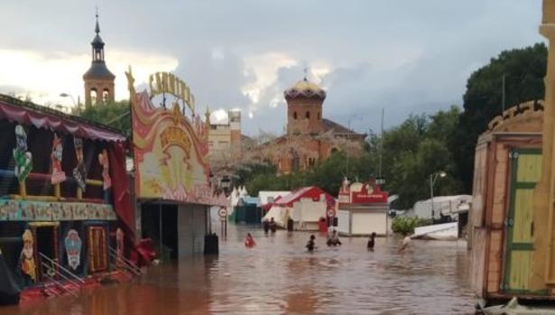 La localidad de Mora se vio sorprendida por la gota fría en plenas fiestas