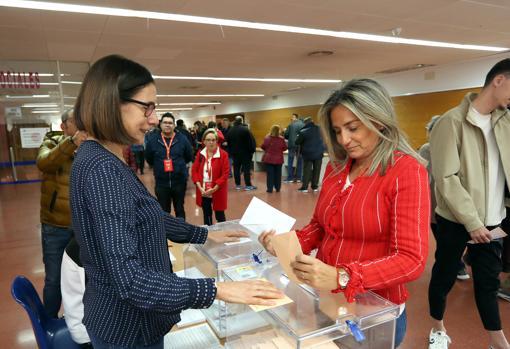 MIlagros Tolón ha votado en el Polígono