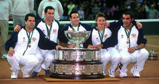 El equipo español que ganó la Copa Davis en el año 2000 frente a Australia