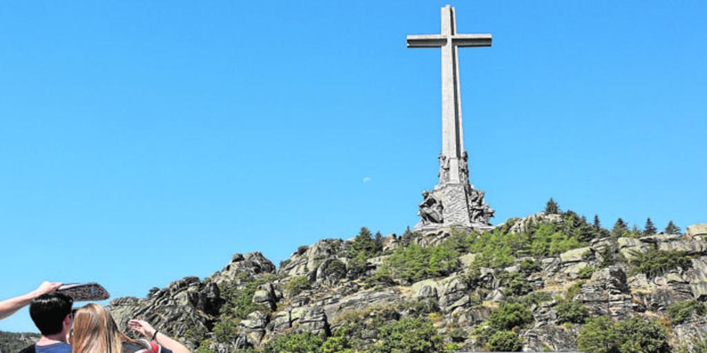 Caen un 54,8 por ciento las visitas al Valle de los Caídos el primer noviembre sin Franco