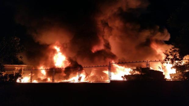 Imagen del incendio difundida por el Ayuntamiento de Alicante
