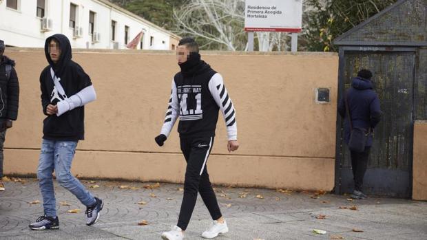 """Fiscalía admite que """"se ha ido de las manos"""" el tema de los menores inmigrantes y defiende la repatriación - Página 6 Menas-centro-madrid-kpkF--620x349@abc"""