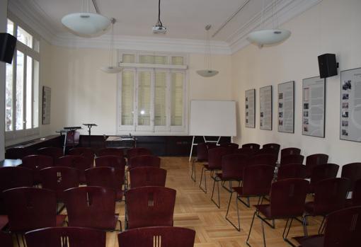 Un de las salas del edificio que tiene diferentes usos