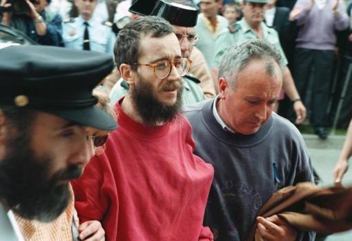 Ortega Lara, en su llegada a Burgos tras ser liberado por la Guardia Civil