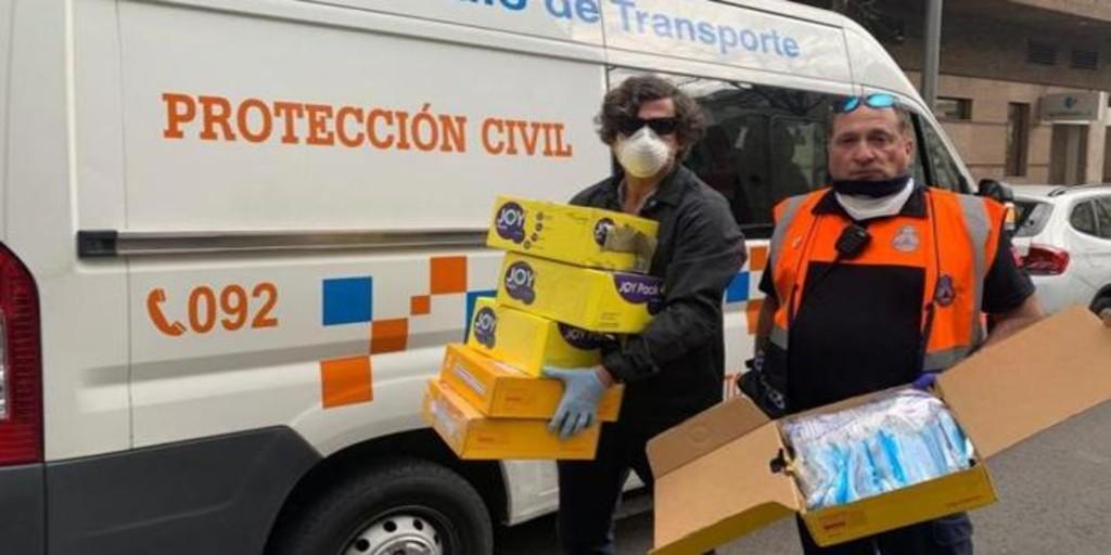 La familia de la peregrina estadounidense asesinada dona mascarillas agradecida por el trato policial