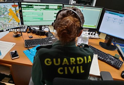 Sala COC de Toledo, donde se reciben decenas de llamadas teléfonica al día