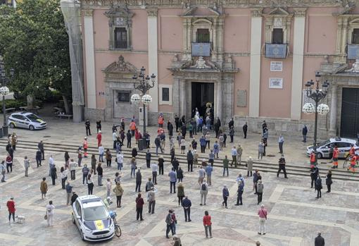 Imagen de la plaza de la Virgen de Valencia este domingo