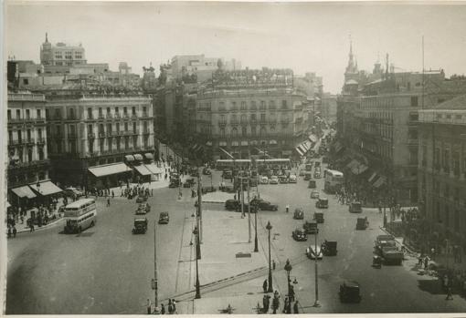 La Puerta del Sol, antes de la reforma de 1950