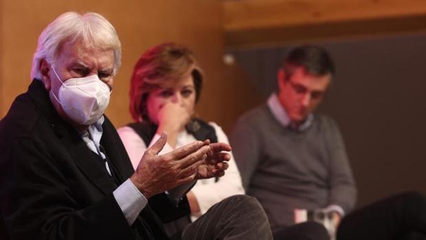 Felipe González reitera su rechazo a los acuerdos con Bildu: «No hay ningún pacto que hacer»