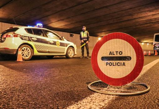Night traffic control of agents