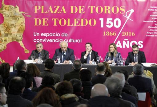 Page in a cultural event for the 150th anniversary of the Toledo bullring on February 17, 2016