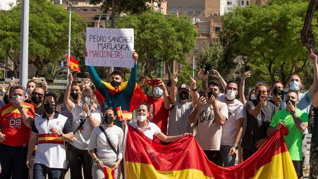 Sánchez y Marlaska, recibidos con abucheos y peticiones de dimisión en Ceuta
