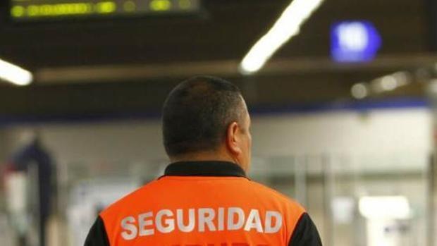 """Agresión a un vigilante de seguridad en Tarragona: """"Con el spray de defensa en gel no hubiera pasado nada"""""""