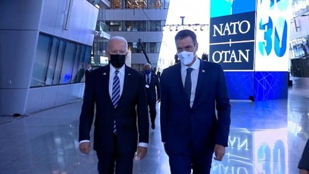 Sánchez-Biden: siete meses después, el «breve encuentro» se convierte en un paseo de 20 segundos