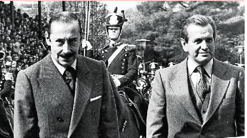Jorge Zorreguieta junto al dictador argentino Jorge Rafael Videla