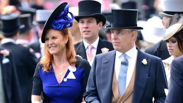 Sarah Ferguson y el duque de York en las carreras de Ascot